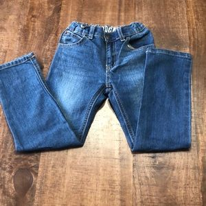 Size 5t boy blue  jeans with adjustable waist.